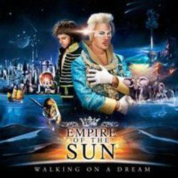 Escucha la canción de Empire Of The Sun Walking On A Dream (Treasure Fingers Remix) gratis de lista de reproducción de Musica para entrenar en el gym  en línea.